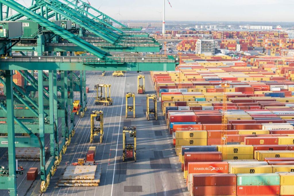 De grootste containerschepen van de wereld kunnen bij PSA terecht.